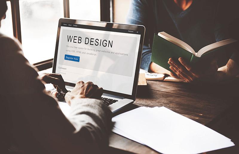 ホームページをデザインだけで選んではいけない本当の理由